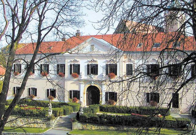 Reiche frau sucht mann aus grorubach, Euratsfeld als single