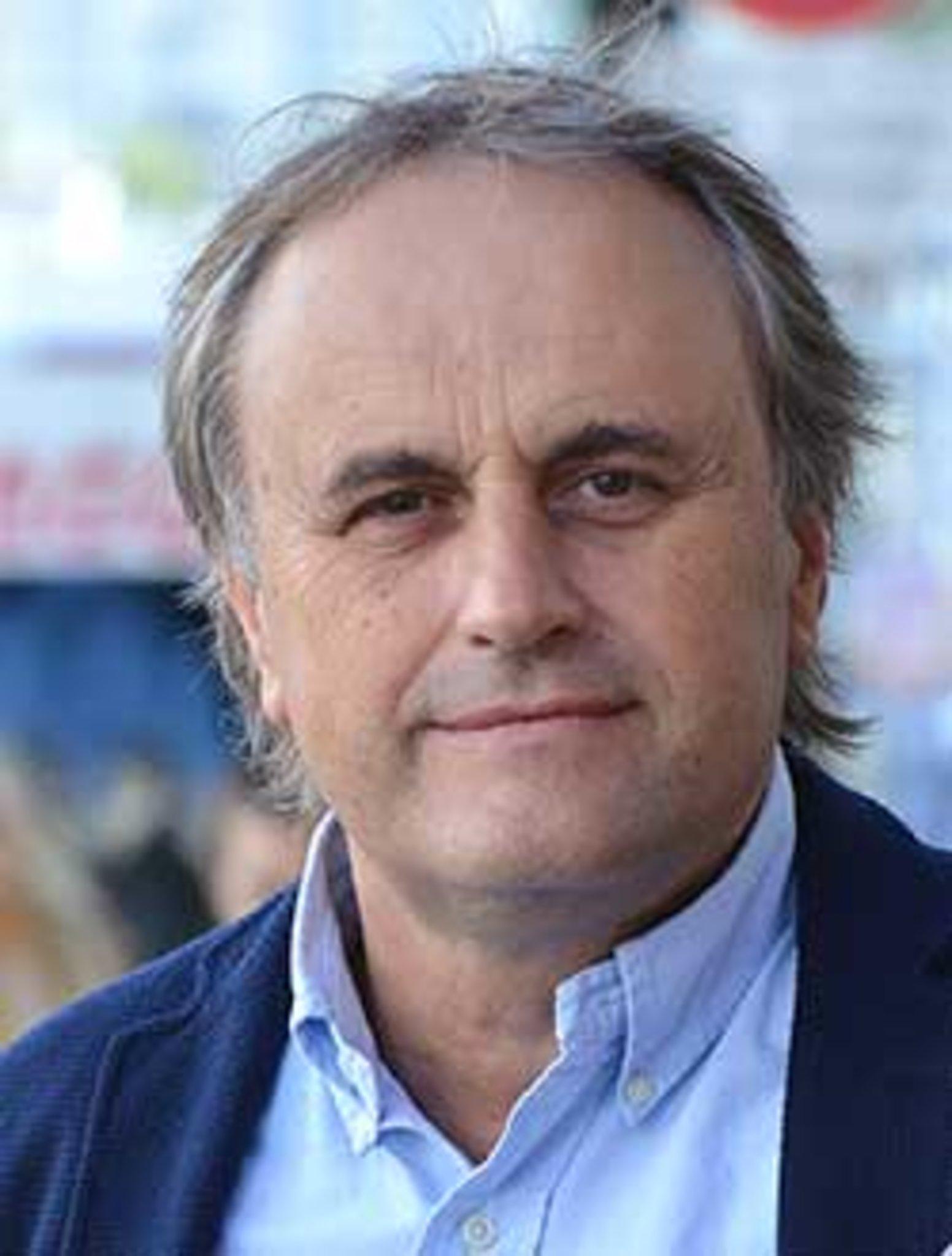Dr. Maximilian Domej